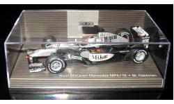 Minichamps 1/43 Гран-при Мерседес 2000 McLaren Mercedes Benz MP 4/15 F1 m.hakkinen # 1, Мика