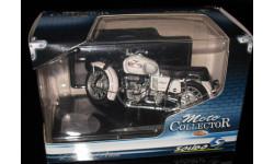 Модель мотоцикла  Guzzi V7 Special 1971 1:18