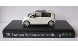 2012 volkswagen vw Up!  4 двери te-партнер   1:43 SCHUCO