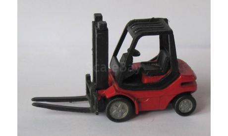 Siku 1717 Linde Gabelstapler H30, масштабная модель