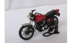Модель мотоцикла  KAWASAKI Z400FX 1:43, масштабная модель мотоцикла, 1/43