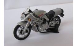 Модель мотоцикла SUZUKI GSX1100S  1:43, масштабная модель мотоцикла, 1/43