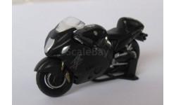 Модель мотоцикла SUZUKI GSX1300R  1:43