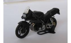 Модель мотоцикла  SUZUKI KATANA 1135R 1:43