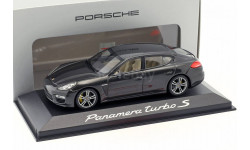 Porsche Panamera Turbo S 1:43 Minichamps