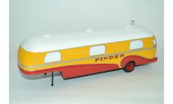 1:43 — Caravan trailer Pinder Circus