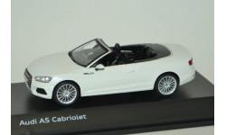 1:43 — Audi A5 Cabriolet (tofana white)