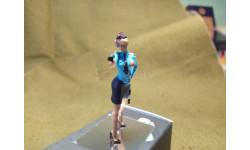 Фигурка 'Девушка - Инспектор ГАИ' с радаром и жезлом (78Art)(M-1/43)