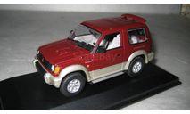 MITSUBISHI PAJERO SWB (Minichamps) (M-1/43), масштабная модель, scale43