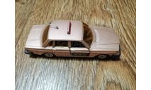 VOLVO 264 TAXI RADIO NOREV 853 MADE IN FRANCE, масштабная модель, scale43