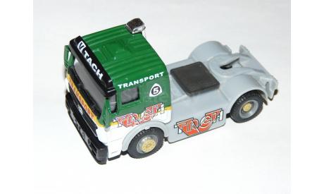 MERCEDES - BENZ truck. Ранняя Cararama., масштабная модель, Mercedes-Benz, Bauer/Cararama/Hongwell, scale64