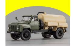 Горьковский грузовик тип АВВ-3,6 Автомобиль-цистерна для перевозки воды (1984 г.), L.e. 360 pcs. Dip Models 105328