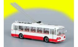 ЗиУ-5 красный