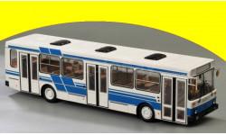 ЛИАЗ-5256 (бело-синий) ClassicBus 04012B
