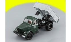 ГАЗ-93Б самосвал зеленая кабина/серый кузов 1974 г. Горьковский грузовик тип 93Б