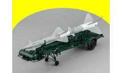 Транспортно-заряжающая машина ПР11А (с ракетой 13ДСУ) Dip Models c60111 ТЗМ