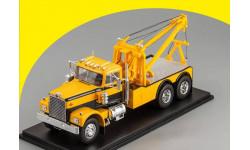 Diamond Reo Tow Truck NEO 45772