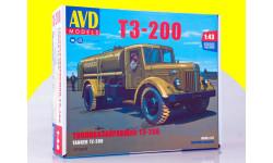 Сборная модель Топливозаправщик Т3-200 (МАЗ-200)  1372AVD, сборная модель автомобиля, AVD Models, scale43
