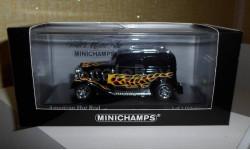 Hot-Rod Ford Tudor sedan minichamps