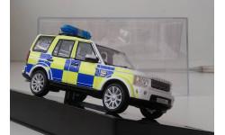 1:43 Land Rover Discovery 4 2010 Surrey UK Police (IXO) MOC135P