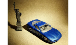 Chevrolet Corvette C5 Coupe (1997) - Bburago - 1:43