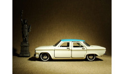 Chevrolet Corvair Sedan (1960) - Franklin Mint - 1:43