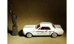 Ford Mustang Indy 500 Pace Car (1964) - Ertl - 1:43