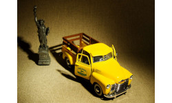 Chevrolet 3100 Pickup John Deere (1950) - Gear Box - 1:43
