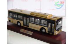 1/42 Автобус DONGFENG CHAOLONG BEV (Золотой). Супер Дракон Новый Бэв.
