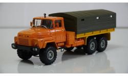 Масштабная модель КрАЗ 260, 1979 (оранжевый)