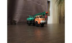 Автокран К-67 на базе автомобиля МАЗ