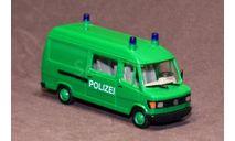 Полицейский микроавтобус Mercedes-Benz 207D, Германия., масштабная модель, Herpa, 1:87, 1/87
