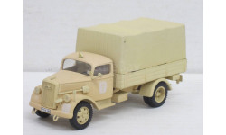 OPEL BLITZ CANVAS COVERED AFRIKA CORPS(VICTORIA R20)143