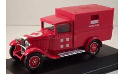Citroen C4F Ambulance(Solido 4442)1/43