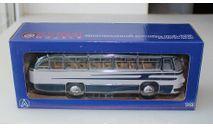 Лаз 695 пригородный, Ultra Models 1:43, масштабная модель, 1/43