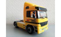 1/43 Dickie Toys Mercedes-Benz Actros желтый (Дики), масштабная модель, scale43