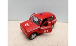 1/43 Технопарк ВАЗ-21213 Нива Пожарная модель-игрушка