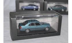 Mercedes C220     Minichamps  1/43