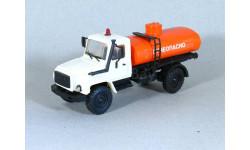 1/43 Горький-3308 'Садко' огнеопасно, масштабная модель, 1:43, Компаньон