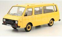 Легендарные советские автомобили #24 РАФ-22038 1/24, масштабная модель, Hachette, scale24