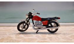 мотоцикл ИЖ-Юпитер-5. Модель-сувенир производства СССР.