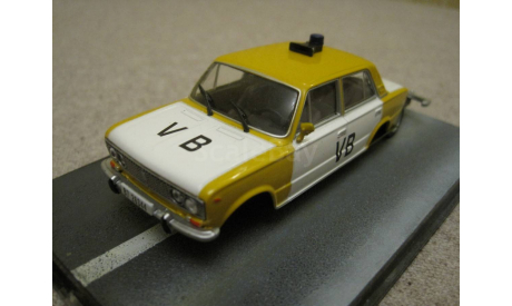 Lada 1500(ВАЗ-2103) The living daylights (Universal Hobbies-James Bond collection) лот №1, масштабная модель, 1:43, 1/43
