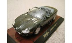 Jaguar XK8 1996г. (Maisto)