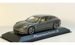 Porsche Panamera Turbo S 2009 Minichamps