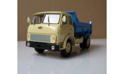 МАЗ 5549 самосвал бежевый/синий