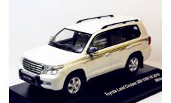 TOYOTA LAND CRUISER 200 VXR V8 2010, масштабная модель, 1:43, 1/43