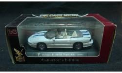 Pontiac Firebird Trans Am 1999 г. белый