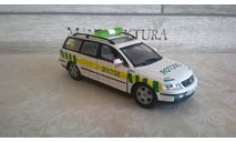 скорая помощь ambulance фольксваген пассат, масштабная модель, Volkswagen, 1:43, 1/43