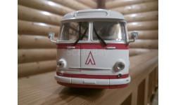 Автобус ЛаЗ 695 Е    1961 г  красный/белый, масштабная модель, Classicbus, 1:43, 1/43