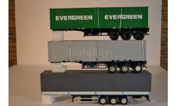трёхосный полуприцеп МАЗ-9758+полуприцеп -контейнеровоз  МАЗ-938920 + полуприцеп-контейнеровоз МАЗ-938920 с контейнерами EVERGREEN